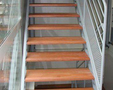 Pose d'escalier à Grenoble